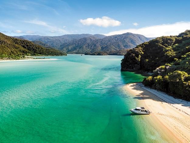 Awaroa Estuary Abel Tasman, credit Abel Tasman AquaTaxi.jpg