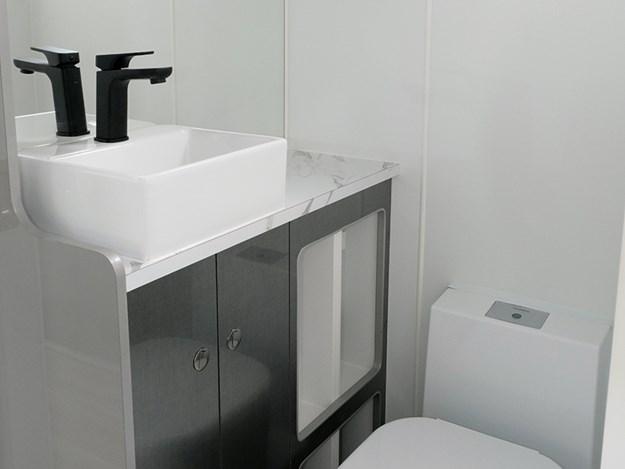elite palliser bathroom