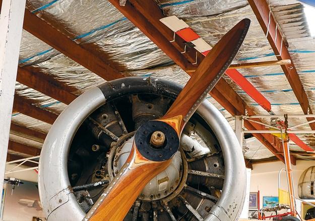 The $100 Harvard aeroplane