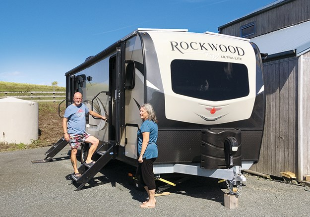 After a lot of searching, the Ultra-Lite Forest River Rockwood 2604WS was the Smiths' final choice