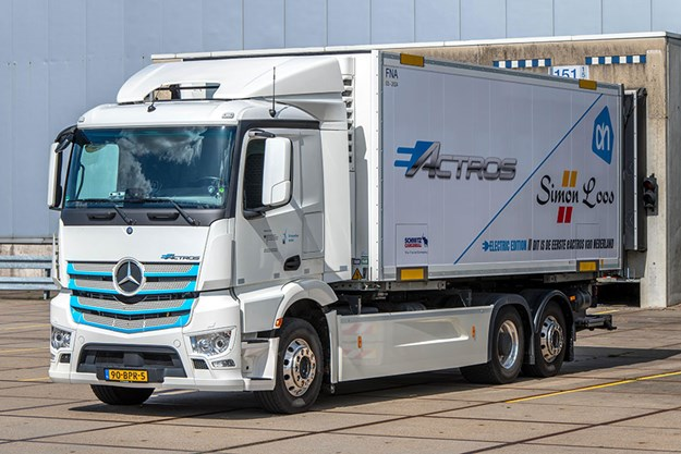 C:\GREGS FILES\1. OWNER DRIVER\OWD 332 Sept 2020\TECH BRIEFS\Mercedes Benz eActros Europe\eActros-004.jpg