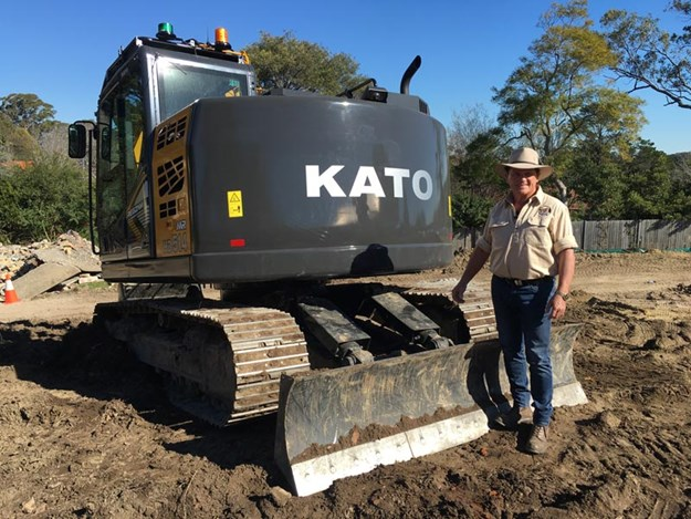 Kato-MR-HD514-excavator