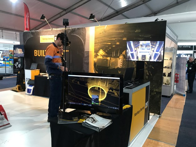 Caterpillar-VR-training