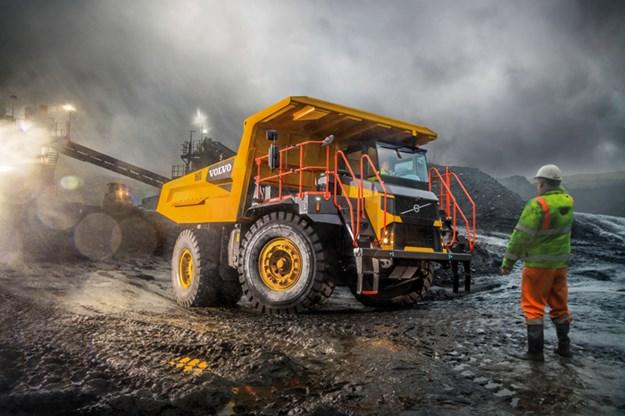 Volvo-rigid-dump-truck
