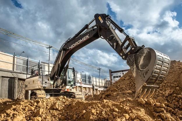 Hidromek-HMK370LC-excavator