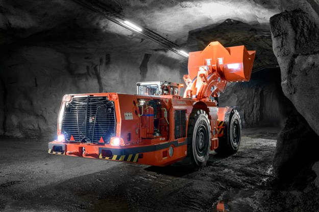 Sandvik-LH621i-loader