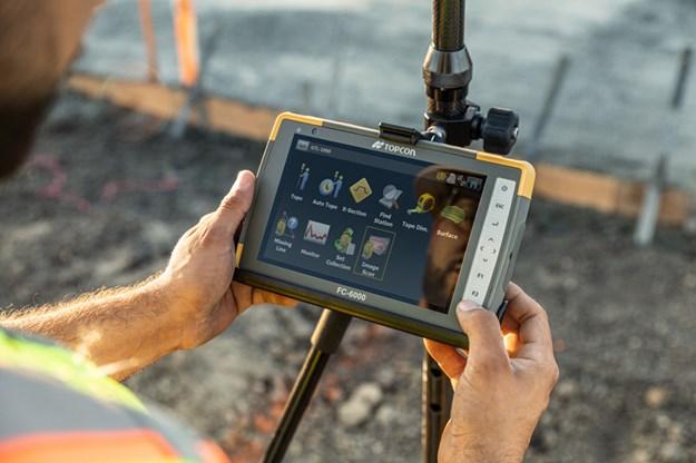 Topcon-FC-6000-tablet