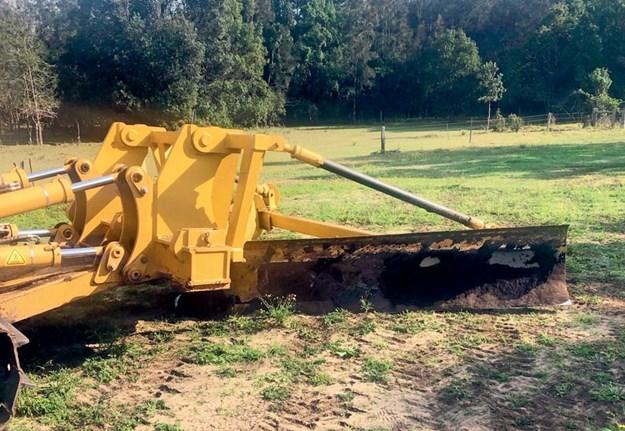 Cat-D6T-dozer