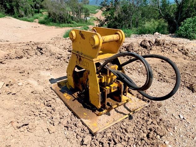 Cat-311CU-excavator-5.jpg