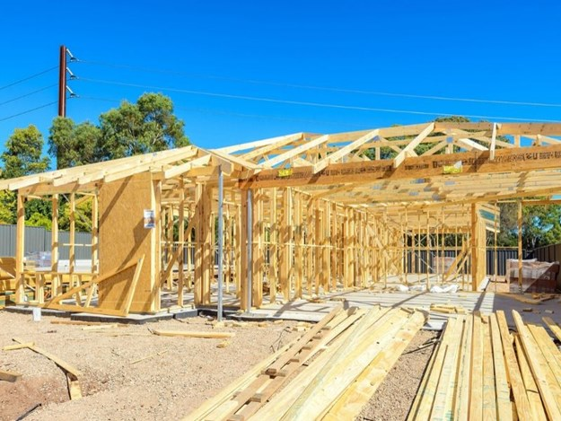 The Government's new HomeBuilder scheme has been backed by Master Builders Australia