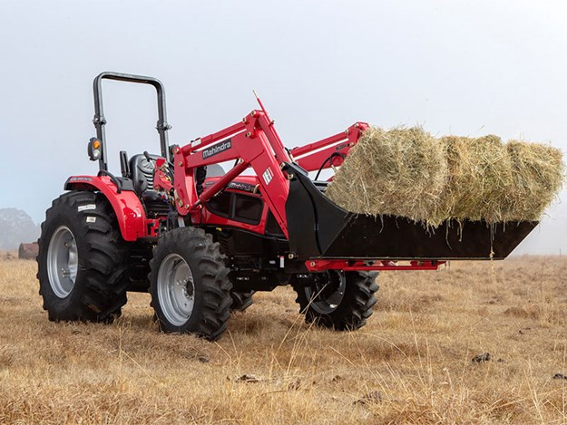 The Mahindra 3560 PST tractor working