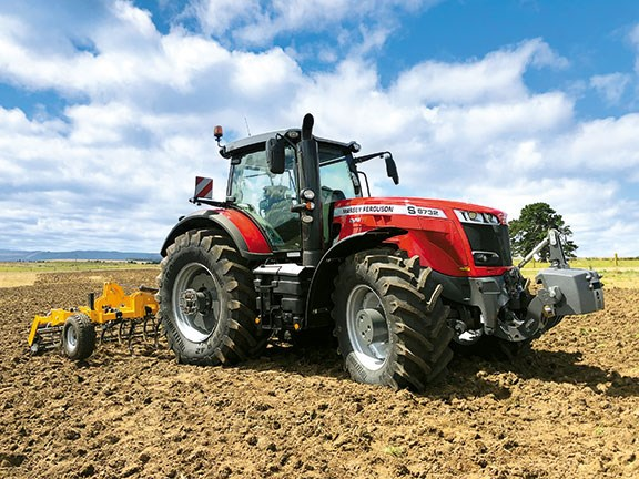 Massey Ferguson 8732 S DYNA VT | Review, price and specs