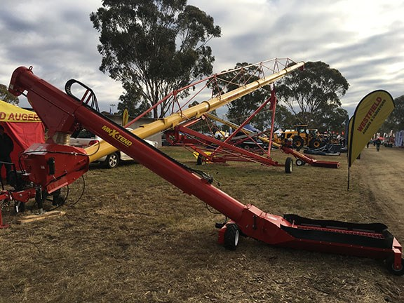 Westfield MK X-tend retracting swing auger farmfest 2019