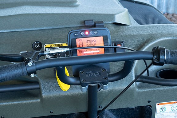 Handlebar controls with LCD instrument pack.