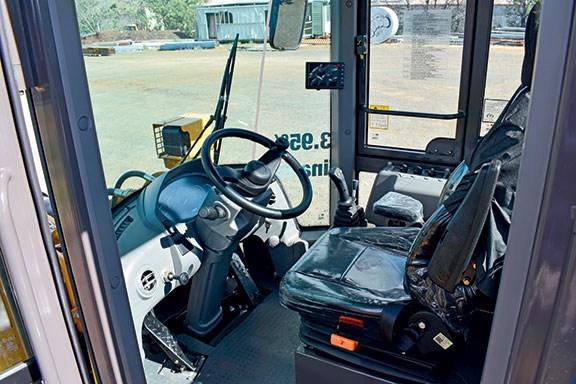 The Lovol FL958H wheel loader interior