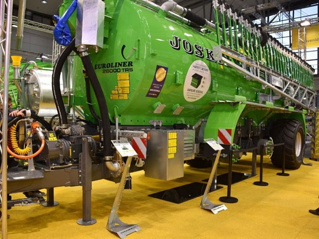 Joskin and John Deere were recognised for their work on the electric drives on this manure spreader
