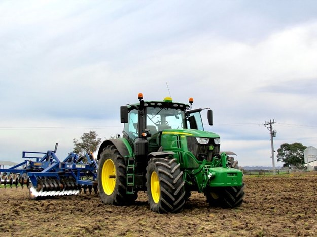 The latest John Deere 6250R tractor