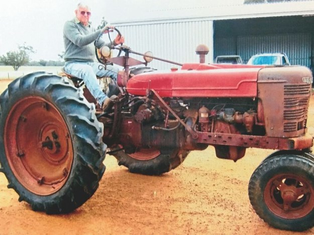 A 1948 Farmall H tractor before it was restored by Fred Rowe