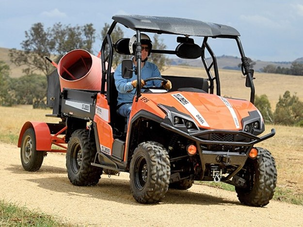 Powered by a three-cylinder 24.8hp diesel Kubota engine
