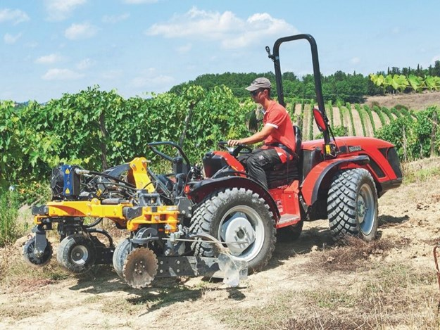 The 50hp reversible TRX 5800 tractor features a reversible driving seat