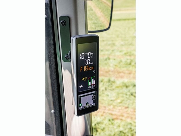 John Deere 5R or 6M Tractors can be ordered with AutoTrac™ that comes with an integrated guidance screen built into the corner-post display.