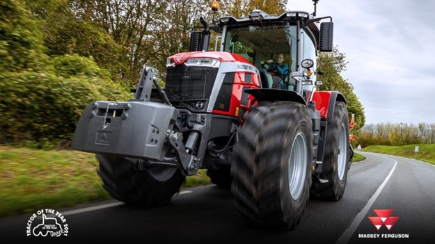 Massey Ferguson 8s win tractor of the year for 2021