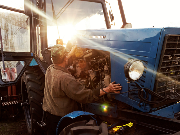 The ACCC says farm machinery should be included in 'right to repair' schemes