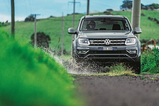 Volkswagen Amarok 2016.jpg