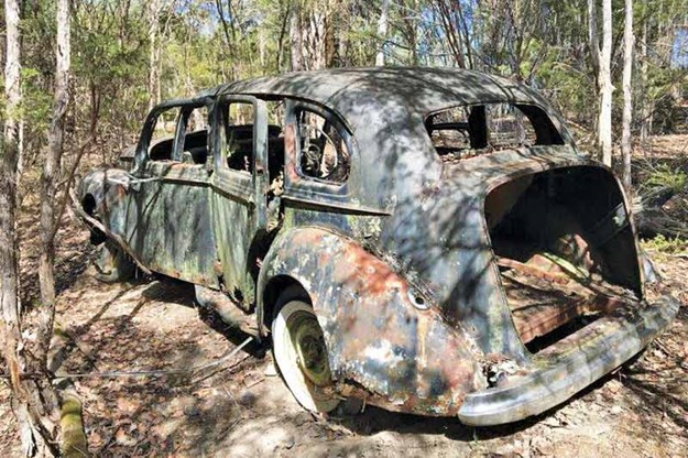 abandoned-car-2.jpg