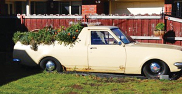 holden-ute-planter-box.jpg