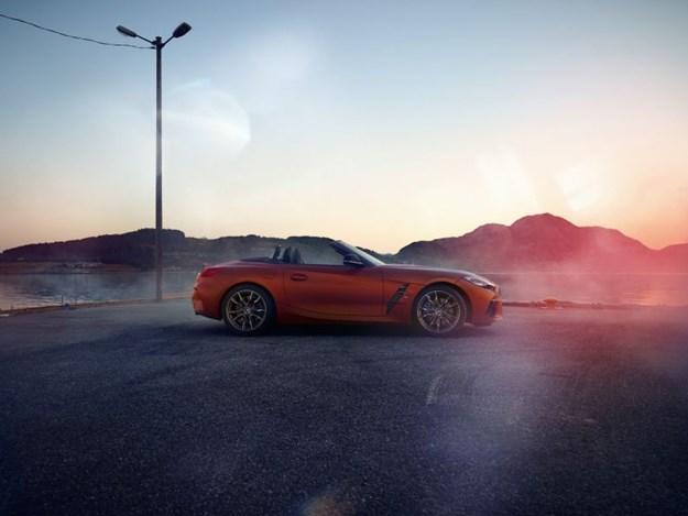 G29-BMW-Z4-profile.jpg