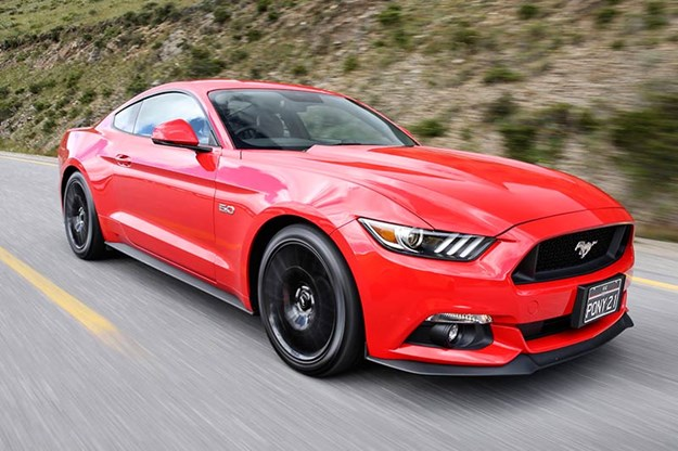 ford-mustang-onroad.jpg