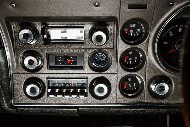 ford-falcon-xw-gtho-phase-i-dash.jpg