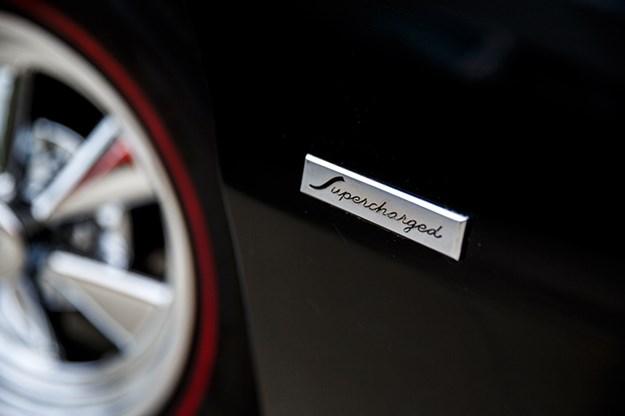 studebaker-avanti-badge-2.jpg