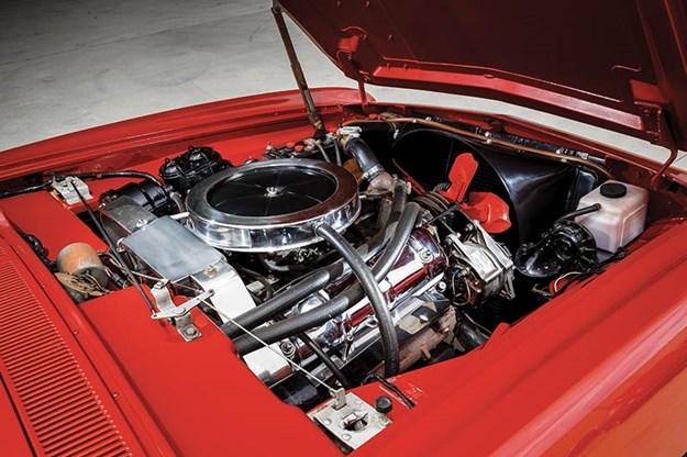 studebaker-avanti-engine-bay-2.jpg