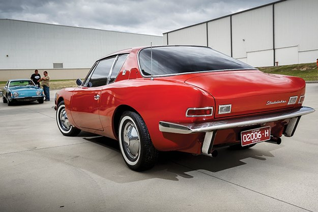studebaker-avanti-onroad-rear.jpg