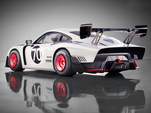 Porsche-935-rear-quarter.jpg