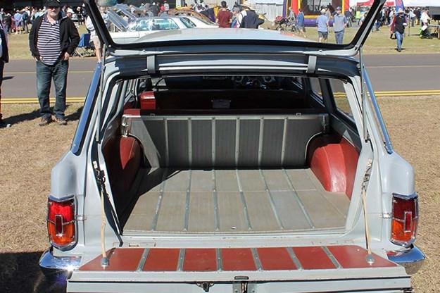 holden-eh-wagon-rear-4.jpg