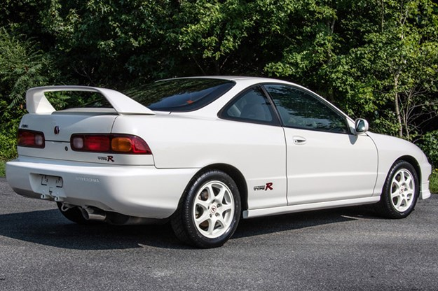 DC2-Type-R-rear.jpg