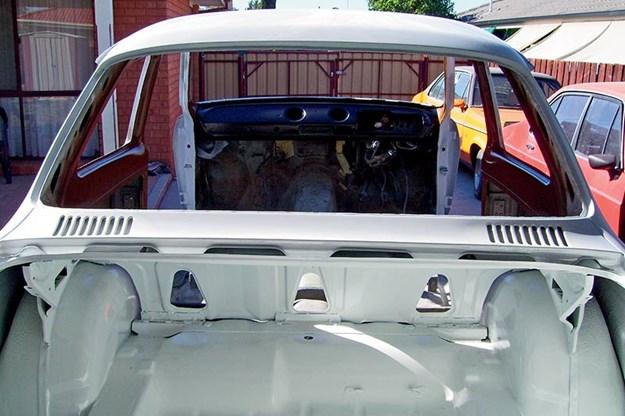 ford-escort-resto.jpg