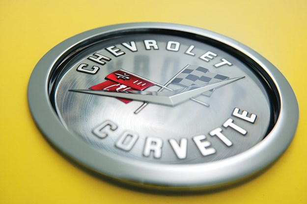 chevrolet-corvette-badge.jpg