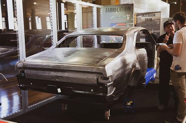 Motorclassica-Live-restoration-monaro.jpg