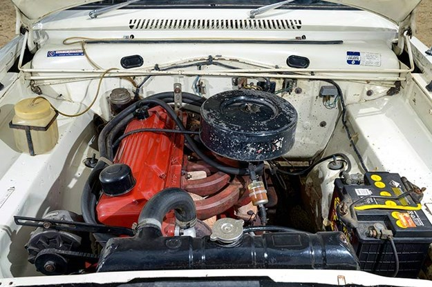chrysler-valiant-vc-engine-bay.jpg
