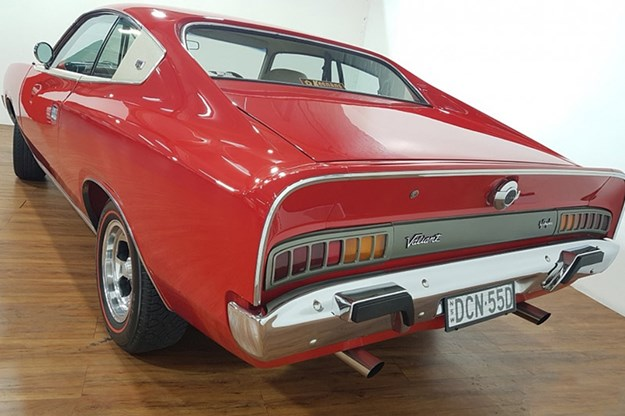 valiant-charger-rear.jpg