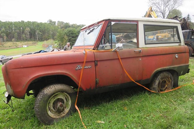 Barn-Find-Friday-Ford-Bronco.jpg