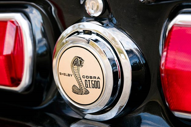 ford-mustang-eleanor-badge-3.jpg