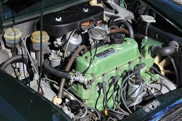 mini-cooper-engine-bay.jpg