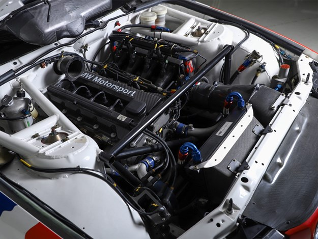 BHauction-BMW-E36-engine.jpg
