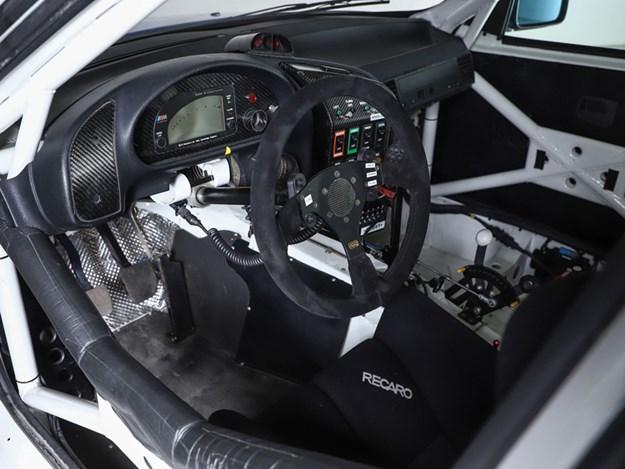 BHauction-BMW-E36-interior.jpg