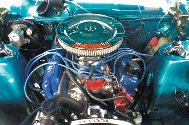 ford-falcon-engine-bay.jpg